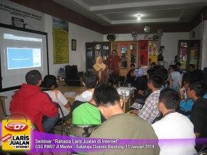 Seminar Rahasia Laris Jualan di Internet 2014